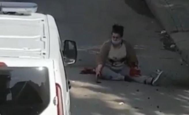 Eski eşi tarafından sokak ortasında bıçaklanan kadın ağır yaralandı