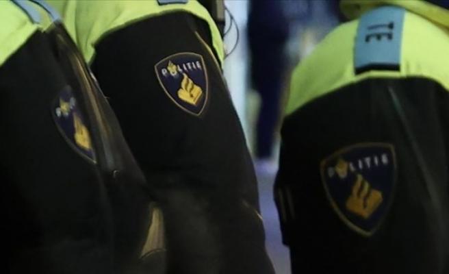 Hollanda polisinden ırkçı mesaj: Bir Türk daha azaldı
