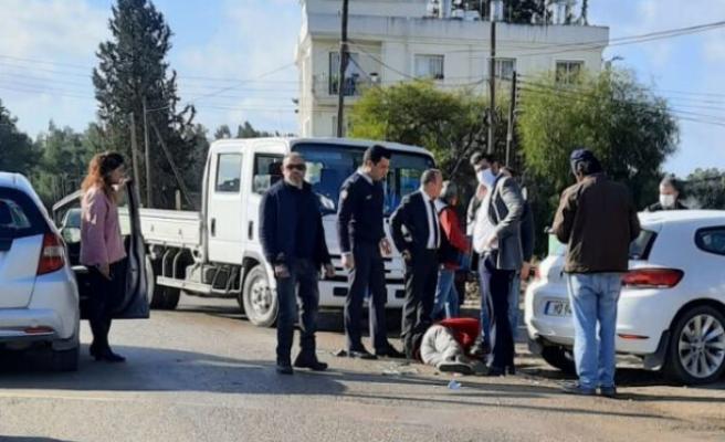 Lefkoşa'da motosiklet ile araç çarpıştı: 1 kişi yaralandı