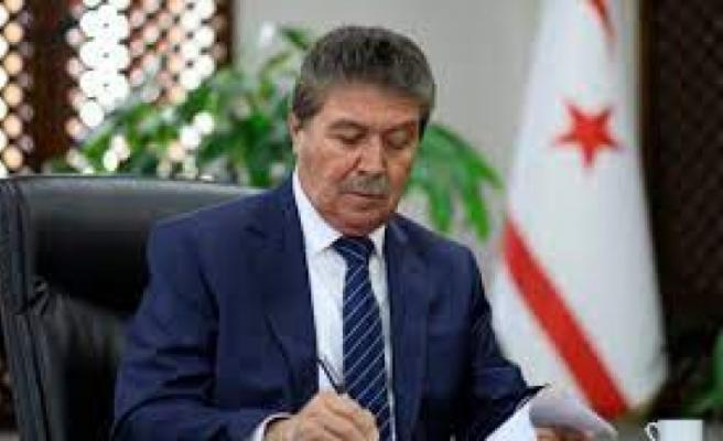 Sağlık Bakanı Üstel: Aşı başvurusu online olacak