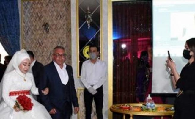 """KKTC'de görevli asker Kırıkkale'deki düğününe """"çevrim içi"""" katıldı"""