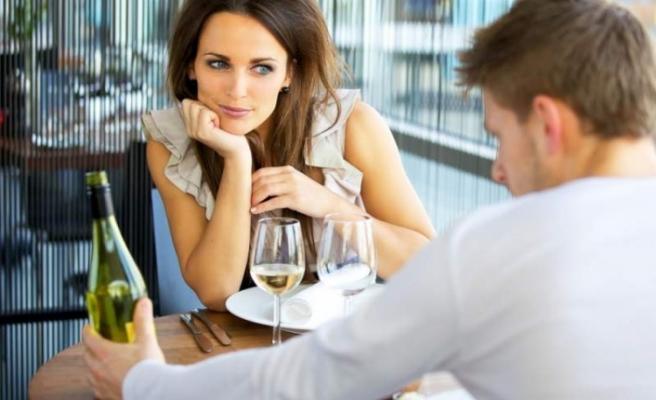 İlk buluşmada asla söylenmemesi gereken 12 şey