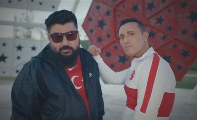 A Milli Futbol Takımı'nın EURO 2020 şarkısı Mustafa Sandal'dan