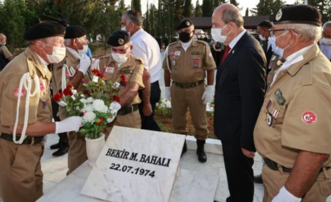 Topçuköy Şehitleri anma töreni Ersin Tatar'ın katılımıyla gerçekleşti