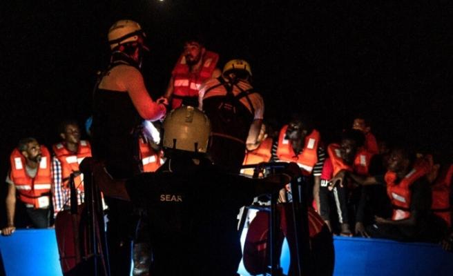 Avrupalı yardım kuruluşlarından Akdeniz'de göçmen operasyonu: 450 kişi kurtarıldı
