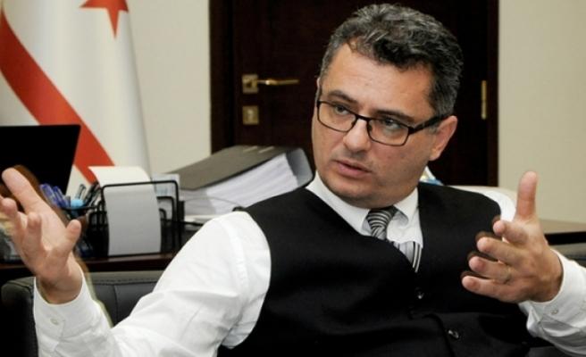Erhürman: Olmayan hükumet olmadığını nihayet idrak ederek istifa etti!