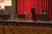 Tiyatro Sanatçısı Sokak Hayvanları İçin Stand-Up Yapıyor – Video Haber