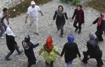İran'da yoga yapan 30 kişi gözaltına alındı