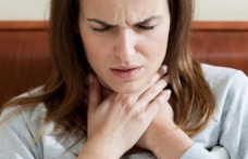 Bağırarak konuşmak gırtlak kanserine yol açabilir