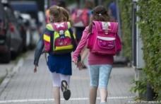 Almanya'da teneffüste arkadaşıyla Türkçe konuşan çocuğa öğretmeni ceza verdi