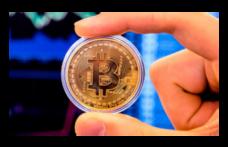 Bitcoin hızla geriliyor