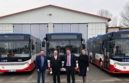 Türk markalı otobüsler Prag'da, yolcuların hizmetine sunuldu