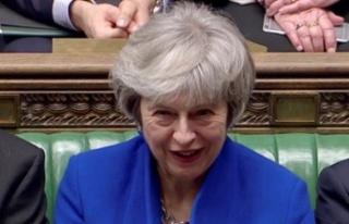 """İngiltere Başbakanı May'den muhalefete """"Brexit""""..."""