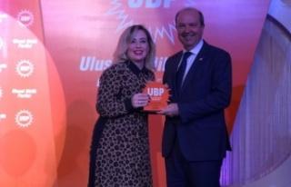 """UBP Genel Başkanı Tatar: """"Halk Bizimle"""""""
