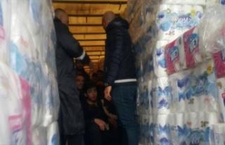 Gazimağusa Limanı'nda 33 kaçak göçmen yakalandı