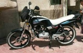"""Polis: """"Plakasını yenilemeyen motosikletlere..."""