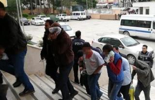 14 yaşındaki kız çocuğuna istismardan 13 kişi...