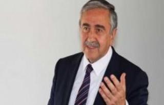 Akıncı, YÖDAK Başkanı Akile Büke'yi savundu