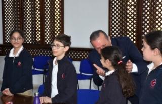 Ataoğlu, Levent İlkokulu Öğrencilerini Kabul Etti
