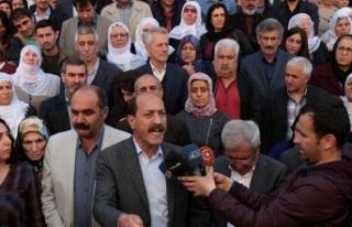 HDP'den cezaevlerindeki açlık grevleri ile...