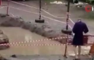 Rus Genç Belediyenin Kapatmadığı Çukurda Mayosu...