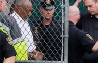 Cinsel taciz suçundan hapse atılan Cosby'nin...