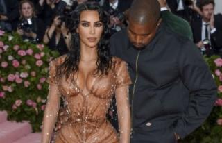 Kardashian'dan bir korse itirafı daha: Sırtımda...