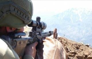 Pençe-2 Harekatı'nda bir asker hayatını kaybetti,...
