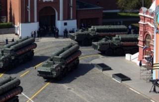Rusya doğruladı: Türkiye'ye S-400 teslimatına...