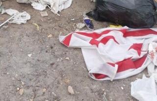 KKTC bayraklarını çöpe attı, hakkında yasal...
