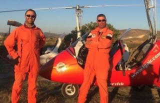 Başarılı pilotlar Serkan Özcezarlı ve Hakan Çetinkaya...