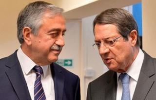 Cumhurbaşkanı Akıncı ile Rum Lider Anastasiadis...