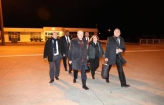 Başbakan Tatar Londra'ya Gitmek Üzere KKTC'den...