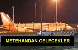 Kıbrıslı Türk öğrenciler Kuzey'e geçiriliyor