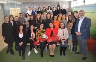 Telsim Dünya Emekçi Kadınlar Günü'ne Özel,Ödüllü...