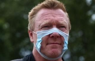 Londra'da yüzlerce maske ve aşı karşıtı...