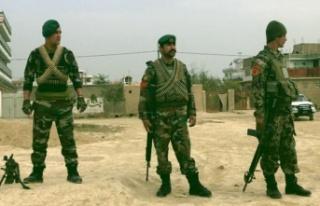 Afganistan'da art arda iki bombalı saldırı:...