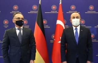 """Çavuşoğlu: """"Doğu Akdeniz'de gerginliği..."""