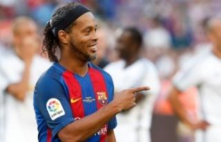 Cezasını tamamlayan Ronaldinho özgürlüğüne...