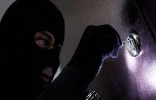 Girne'de işyerinde hırsızlık: 30 bin 625 Dolar...