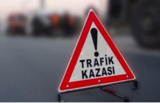 GÖNYELİ'DE MOTOSİKLET YAYALARA ÇARPTI......