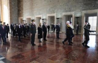 Cumhurbaşkanı Ersin Tatar, Anıtkabir'i ziyaret...