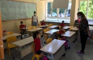 İlkokul 3, 4 ve 5'inci sınıflarda da eğitime...