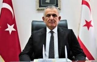 Milli Eğitim ve Kültür Bakanı Nazım Çavuşoğlu...