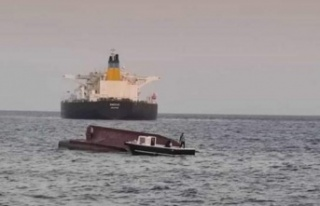 Adana açıklarında Yunan tankeriyle çarpışan...