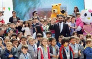 """Ahmet Savaşan: """"Çocuklara haklarını vermek sosyal..."""