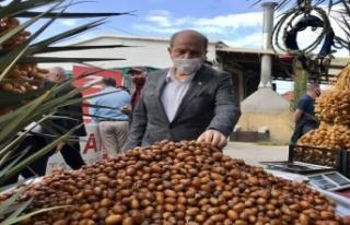 Cumhurbaşkanı Ersin Tatar, Lefke'de esnaf ve vatandaşla...