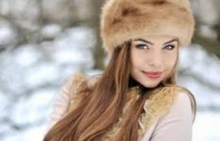Rusya'da tıbbi maske kullanımı göz makyajı...