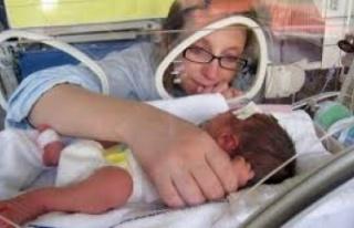 6 gün arayla iki defa doğum yaptı