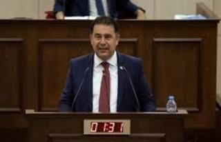 """Ersan Saner: """"Erken seçim konusu rafa kalkmadı"""""""